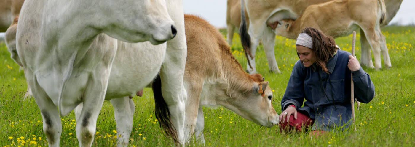 Respect du Vivant : le bien-être animal pour les éleveuses de maraîchines